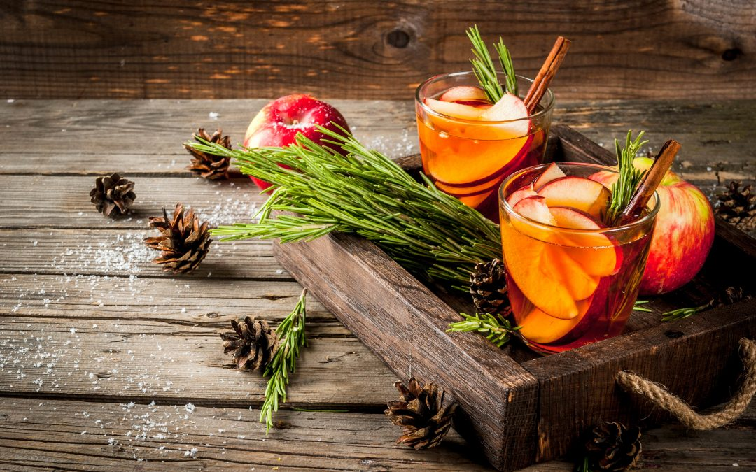 Mix It Up This Fall – 6 Apple Cocktails You've Gotta Try
